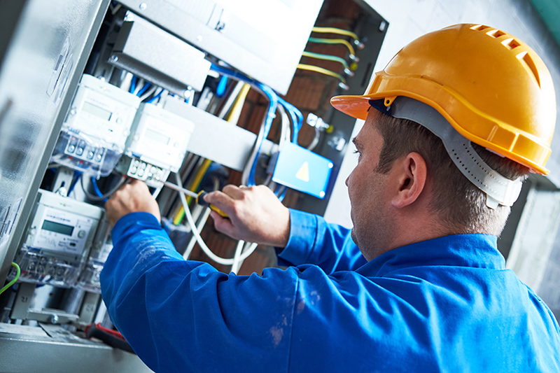 Become An Electrician in Northampton Northamptonshire