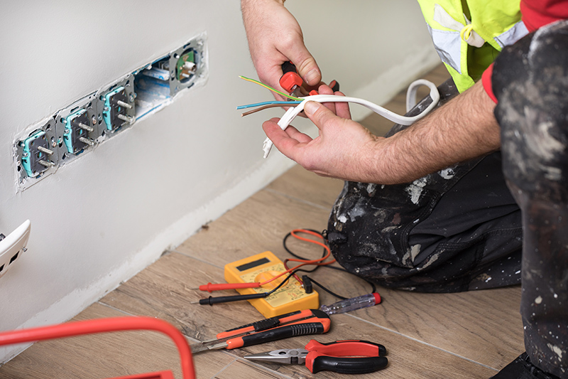 Emergency Electrician in Northampton Northamptonshire